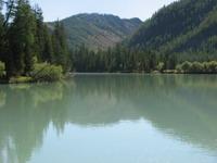 и его бело-молочная вода, видимо после впадения Ак-Алахи